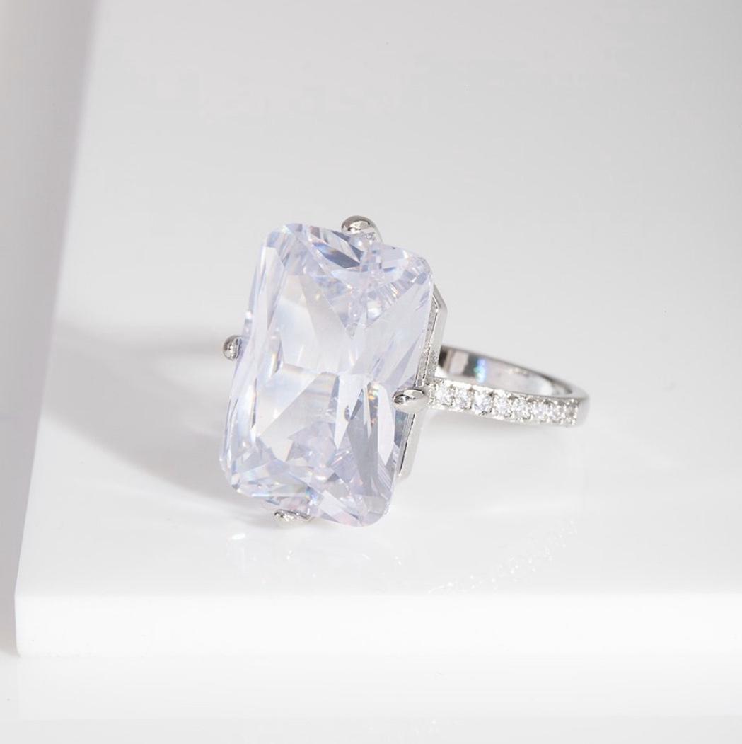 DIAMOND SPARKLE